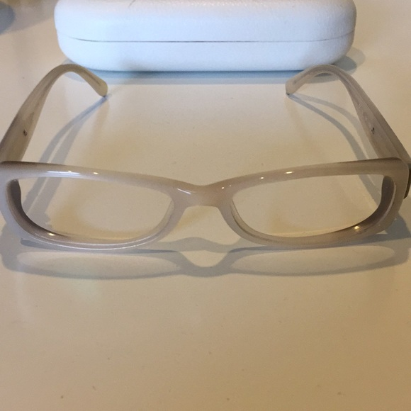 42dcb3ac67f0 Chloe Accessories - Chloe cream and taupe ombre frames
